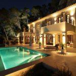 Iluminacion-Fachadas-de-Casas